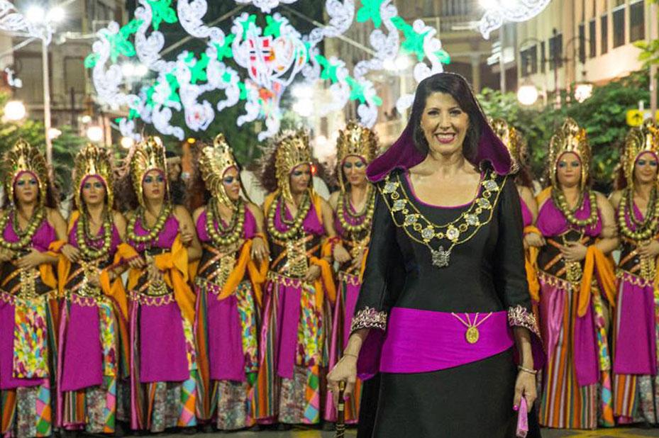 Armengola-Desfile
